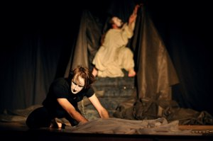 III festival «Dveri», Théâtre «EYE», mise en scène «ЭСКОREAL», réalisateur Dzmitry Mastsyanitsa