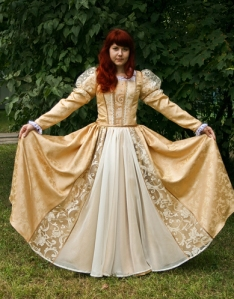 costume historique fabriqué au bélarus 4