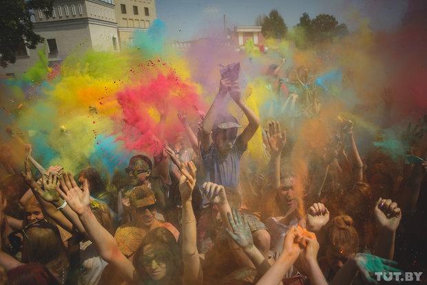 reportage photos minsk colorfest holi 2015